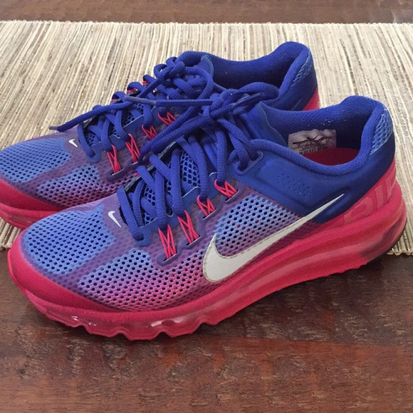 low priced 5fe8b 50dae Nike womens Air Max Pink and Blue. M5bb9133d194dadcfd4a65eab